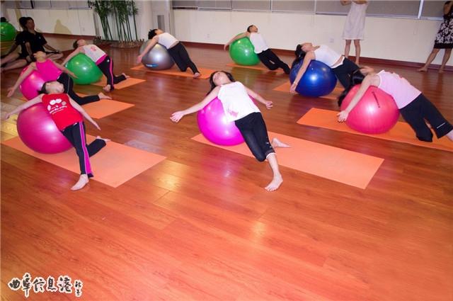 上禾舞蹈培训学校